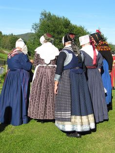 Old folk dressing in Denmark for the common household wife