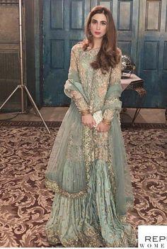 Wedding dresses indian sisters 2019 new ideas Shadi Dresses, Pakistani Formal Dresses, Pakistani Wedding Outfits, Bridal Outfits, Indian Outfits, Ethnic Fashion, Indian Fashion, Pakistani Bridal Couture, Desi Wedding Dresses