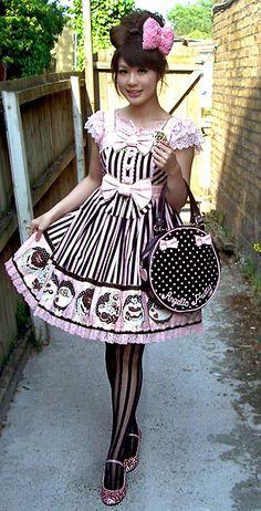 Sweet lolita. Pink and brown. Omg looooove