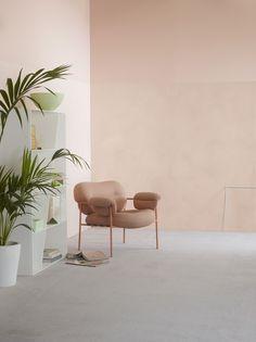 Här har vi lekt med en och samma kulör, 2782 Deco Pink, men i två olika strukturer. LADY Minerals Kalkfärg (på nedersta delen av väggen) ger en betongkänsla, medan LADY Pure Color är helt slät och supermatt. Tuff kombination!!
