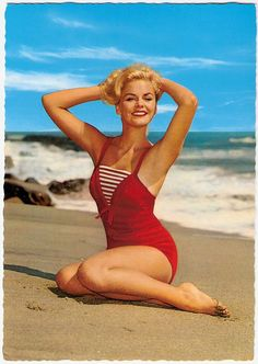 Glam and gorgeous at the beach, 1950s pinup girl style. s#vintage #beach #summer #pinup #1950s #red
