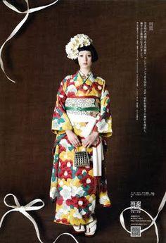 Kimono-hime issue Fashion shoot page 49 Kimono Japan, Yukata Kimono, Japanese Kimono, Traditional Kimono, Traditional Dresses, Japanese Outfits, Japanese Fashion, Geisha, Cute Kimonos