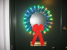 How to make a recycled CD Christmas Wreath