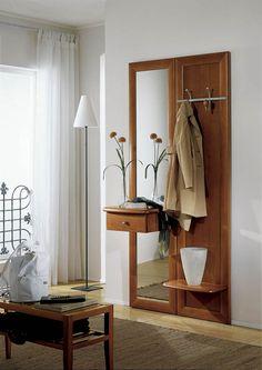 Klasszikus előszobafal - www.montegrappamoblili.hu Floating Nightstand, Oversized Mirror, Entryway, Table, Furniture, Hall Design, Tenerife, Style Ideas, Home Decor