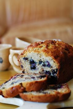 Blueberry Banana Bread - moist, delicious, easy-to-make, with a beautiful texture and flavor from blueberries. It's a basic banana bread recipe made a little bit more special with the addition of blueberries. Snack Recipes, Dessert Recipes, Cooking Recipes, Snacks, Dessert Bread, Blueberry Banana Bread, Banana Bread Recipes, Yummy Treats, Delicious Desserts