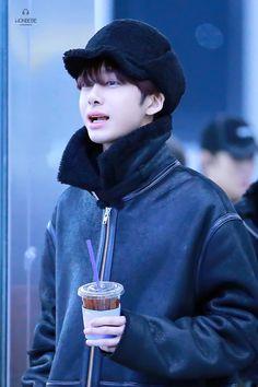 Hyungwon แช รักแชมากกกกกกกกกกกกกก ก.ไก่ร้อยล้านตัว ❤❤❤❤❤