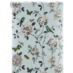 Papierbehang Flora heeft een sfeervol dessin van bloemen, vlinders en vogels, met hier en daar een subtiel glansje. Kleur: lichtblauw.