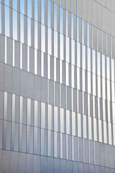 Pajol Sports Centre |Brisac Gonzalez Architects