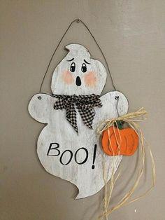 "Wooden Primitive Hanging Ghost   17""H x 11""W    #  5603 Halloween Wood Crafts, Halloween Door Decorations, Halloween Painting, Halloween Ghosts, Wooden Halloween Signs, Happy Halloween, Holidays Halloween, Halloween Diy, Thanksgiving Crafts"