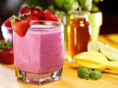 Did you know Silk® has a ton of Smoothie Solutions, like thisStrawberry Basil Slush?