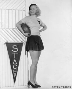 Evolution of the cheerleader: 1930s to present