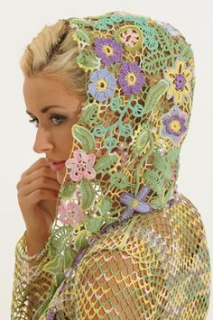 This site has some pretty amazing Irish crochet!