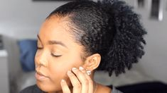 Forget about all these convoluted braids, wash and go, and twist-outs. This on-the-go sleek low puff natural hairstyle is the one you will definitely have enough time for.  If you're wake up with no time to get ready, the last thing you'll want is to have to spend even more time doing hair. The…