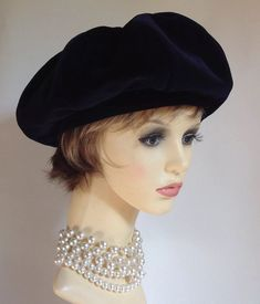 1cd0f918490b9 £29.99 (BIN) FPP Connor Vintage 1960s Velvet Dark Blue French Style  Segmented Beret Satin Lining #Connor #Beret #Casual