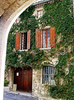 Roussillon ~ Provence ~ France