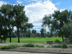 Boulder Country Club is one of the best regional golf courses. The club has a strict no-cell policy and offers swimming and tennis as well as several dining options.