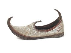Shoe-Icons / Ethnic shoes / Silver Shoes with Turned-up Toes. Turkey. Late 19th century.