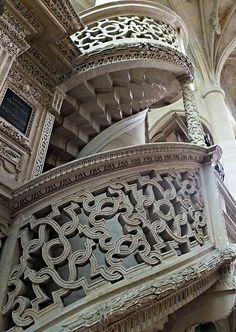 Église St-Etienne-du-Mont, Paris, France   Flickr - Photo Sharing!