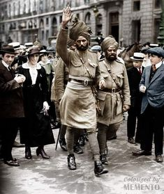 Picture 45 - Indian troops walk in Paris during Bastille Day Ww1 Pictures, Ww1 Photos, Historical Pictures, History Of India, Asian History, World History, Lion Photography, World Photography, World War One