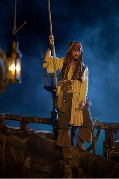 Captain Jack Sparrow   Pirates of the Caribbean
