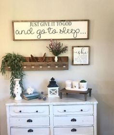 ✔ 83 best farmhouse entryway design ideas you must try in 2019 54 Related Rustic Entryway, Rustic Wall Decor, Rustic Walls, Diy Wall Decor, Entryway Decor, Farmhouse Decor, Diy Home Decor, Entry Way Design, Furniture Redo