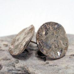 Silver Circle Hammered Studs – Unio Goldsmith Ear Studs, Diamond Studs, Jewelry Collection, Stud Earrings, Texture, Stone, Silver, Gold, Diamond Earrings
