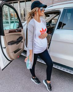 pregnancy outfits casual 386113368056770744 - Source by Casual Maternity Outfits, Outfits Casual, Stylish Maternity, Outfits With Hats, Mode Outfits, Maternity Wear, Winter Pregnancy Outfits, Maternity Clothes Spring, Maternity Leggings Outfit