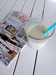 Mynteshake Milkshake, Glass Of Milk, Ice Cream, Drinks, Desserts, Food, No Churn Ice Cream, Drinking, Tailgate Desserts