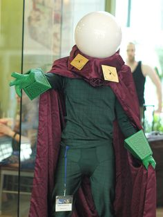 Mysterio, Spider-man, photo by Firstpersonshooter.