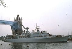 HMS LONDON D16 Ship Tracker, Navy Day, Navi, Military Jets, Navy Ships, Power Boats, Submarines, D Day, Aircraft Carrier