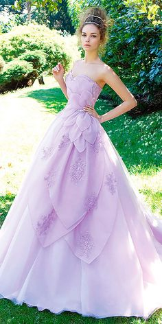Lilac Wedding Gown - Gowns are fast becoming Fashionista 's' preferred choice. It has attained a standing of style apparel. Lilac Wedding Dresses, Lavender Wedding Dress, Princess Wedding Dresses, Bridal Dresses, Wedding Gowns, Lilac Dress, Lavender Weddings, Dress Lace, Lavender Quinceanera Dresses