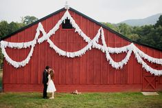 How cute are these white rag banners, love them! Prefect to decorate a large area for a wedding reception