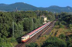 103 113 passiert im Sommer 2014 mit einem Eurocity Bonn-Oberkassel