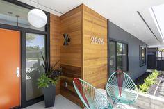Modern home design – Home Decor Interior Designs Ranch Exterior, Modern Exterior, Exterior Homes, Exterior Design, Mid Century Ranch, Mid Century House, Mid Century Modern Home, San Jose, Wood Cladding Exterior