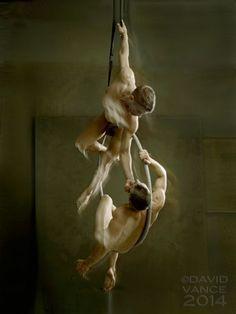 Stephane Haffner & Kyle Kier: Aerialist Love. David Vance Photos - Burbujas De Deseo