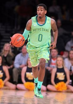 Notre Dame 2013 uniform in action! #ncaa #marchmadness #sports #basketball