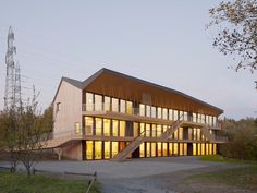 best architects architektur award // LOCALARCHITECTURE / LOCALARCHITECTURE / Steiner Schule in Bois-Genoud / Öffentliche Bauten