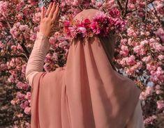 Hijab fashion - Image may contain one or more people, flower, plant and outdoor Stylish Hijab, Hijab Chic, Arab Girls Hijab, Muslim Girls, Hijabi Girl, Girl Hijab, Hijab Outfit, Beautiful Muslim Women, Beautiful Hijab
