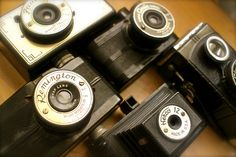 The Chicago Cluster bakelite cameras from 1940s