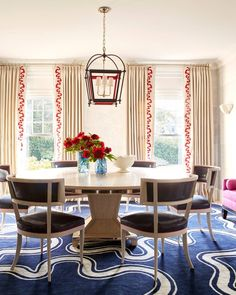 With a dining room like this, would you ever eat out? | Photo: @maxkimbee; Design: @amandanisbet #verandadiningrooms