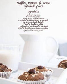 Te dejo aquí los ingredientes de estos muffins veganos de avena algarroba y coco por si te apetece prepararlos este fin de semana No te arrepentirás! La receta completa la encontrarás en www.estupendos40.com