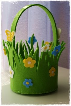 Kids Crafts, Crafts For Seniors, Bunny Crafts, Flower Crafts, Diy Craft Projects, Felt Crafts, Easter Crafts, Diy And Crafts, Diy Snowman Decorations