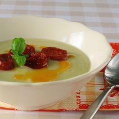 Csicsóka krémleves (paleo) Dishes, Ethnic Recipes, Desserts, Food, Diet, Tailgate Desserts, Deserts, Tablewares, Essen