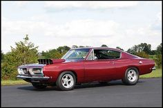 1968 Plymouth Barracuda Fastback 432/511 HP, 3-Speed Automatic presented as lot F282 at Indianapolis, IN 2010 - image3