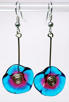 Glass flower earrings in bright turquoise and rose, sterling silver ear wires, hand blown glass flowers drop botanical earring by paulbead Glass Flowers, Beaded Flowers, Plastic Flowers, Fused Glass Jewelry, Glass Beads, Copper Jewelry, Etsy Earrings, Earrings Handmade, Flower Earrings
