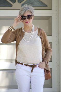 Egy nő öltözéke legyen mindig harmonikus és stílusos!