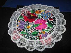 kalocsa-Hungarian-hungary-hand-embroidered-doily-lace-Kalocsai-floral