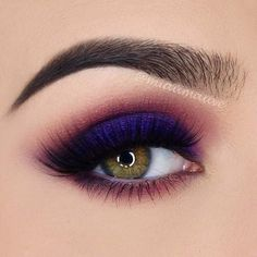 Discover Eye Colors Magic with the Perfect Makeup Shades ★ See more: https://makeupjournal.com/eye-colors-makeup/