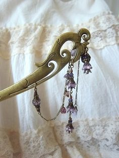 薄紫のベルフラワービーズの3連かんざし|帯留・かんざし・和小物|ハンドメイド通販・販売のCreema