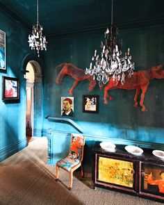 Tour the Incredible Melbourne Home of Artist David Bromley via MyDomaine David Bromley, Turbulence Deco, Melbourne House, Cool House Designs, Decoration Table, Eclectic Decor, Bohemian Decor, Boho, Houzz